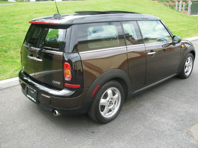 2009 Mini Cooper Clubman Pacifica