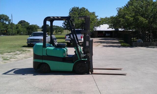 2000 Mitsubishi 5,000 Lb. Forklift
