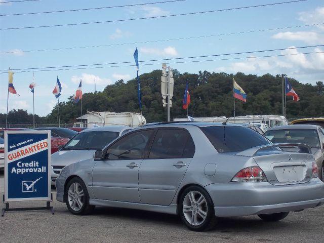 2004 Mitsubishi Lancer SE 4WD AWD SUV