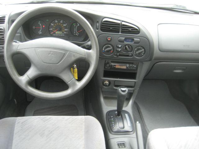 2000 Mitsubishi Mirage Quad SLT