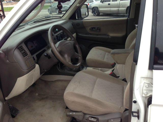 2002 Mitsubishi Montero Sport Reg Cab 159.5 WB C5B
