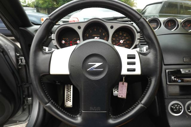 2004 Nissan 350Z LS Flex Fuel 4x4 This Is One Of Our Best Bargains