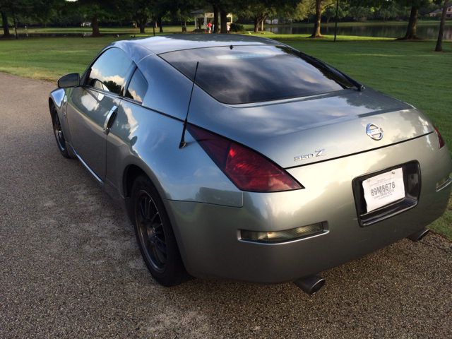 2005 Nissan 350Z 2dr Cpe Auto W/moonroof