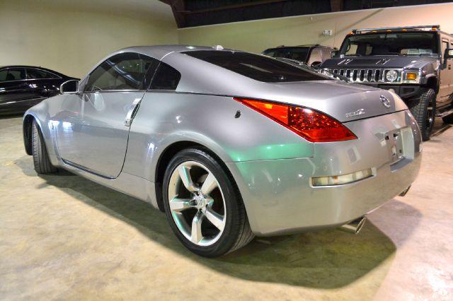 2006 Nissan 350Z 5DR 7-pass VAN I4 FWD