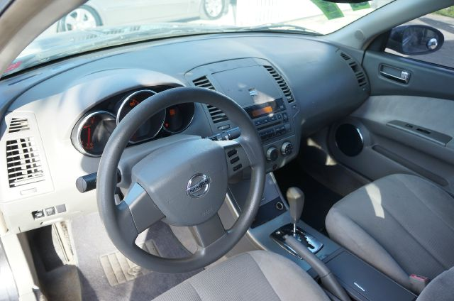 2005 Nissan Altima Pickupslt Quad Cab SWB 4WD 4x4 Truck