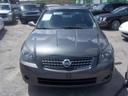 2005 Nissan Altima GS-R