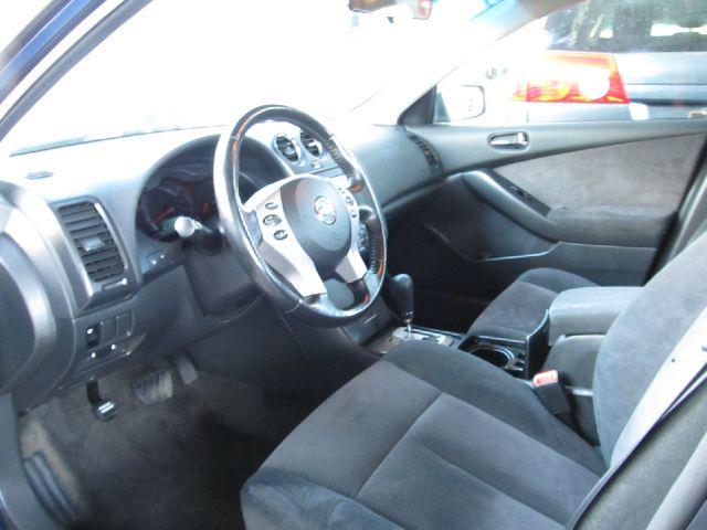 2009 Nissan Altima Pickupslt Quad Cab SWB 4WD 4x4 Truck