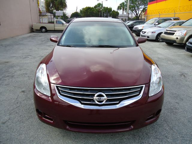 2010 Nissan Altima XR