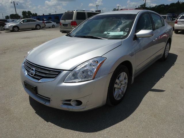2010 Nissan Altima 2dr Cpe Performance Manual