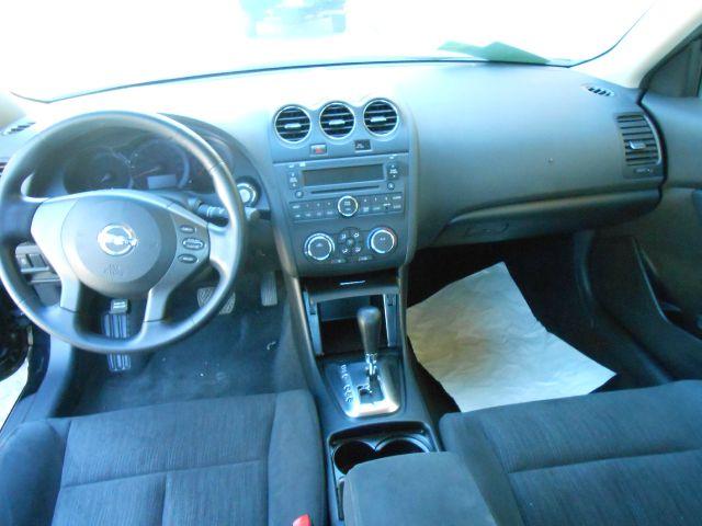 2011 Nissan Altima Pickupslt Quad Cab SWB 4WD 4x4 Truck