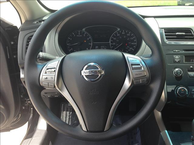 2013 Nissan Altima Pickupslt Quad Cab SWB 4WD 4x4 Truck