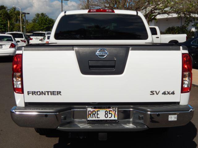 2011 Nissan Frontier Prerunner V6 SR5