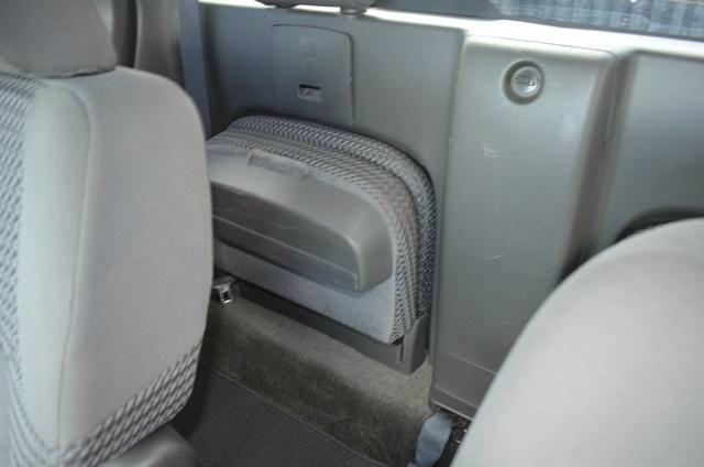 2011 Nissan Frontier SLT 5.7 Hemi W/leather20in Chrome Wheels