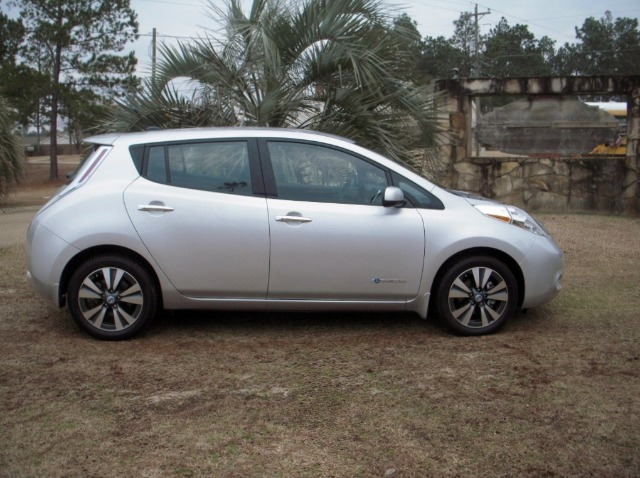 2013 Nissan LEAF LS S