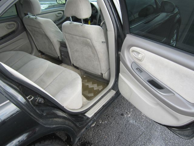 2000 Nissan Maxima SE