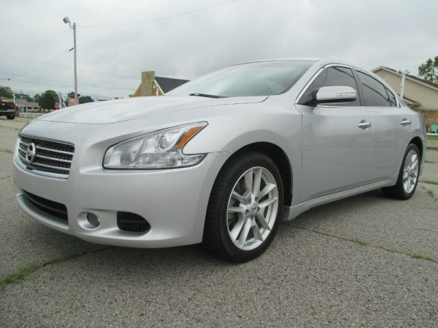 2010 Nissan Maxima T6 AWD 7-passenger Leather Moonroof