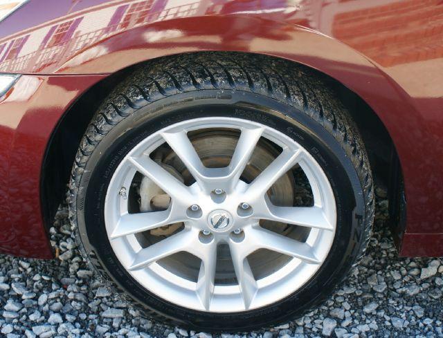 2011 Nissan Maxima XR