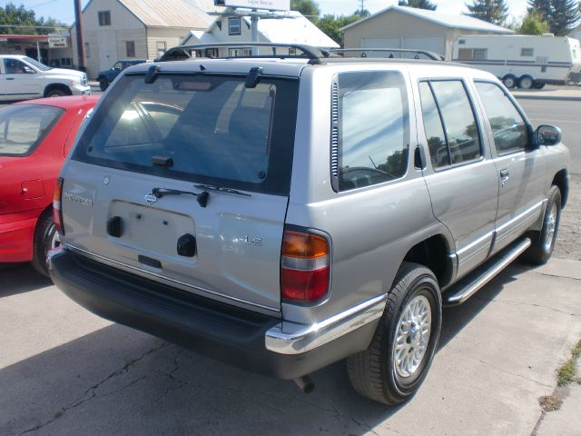 1998 nissan pathfinder ex l awd details prineville or 97754. Black Bedroom Furniture Sets. Home Design Ideas