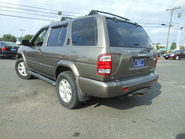 2001 Nissan Pathfinder AWD W/leatherroof (7pass) Details ...