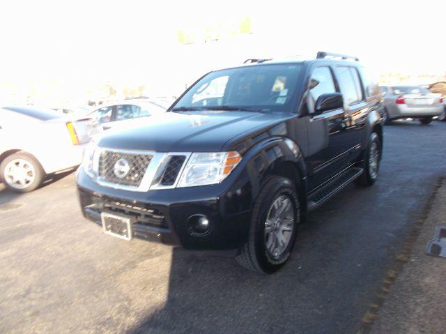 2010 Nissan Pathfinder EX-L W/ DVD System