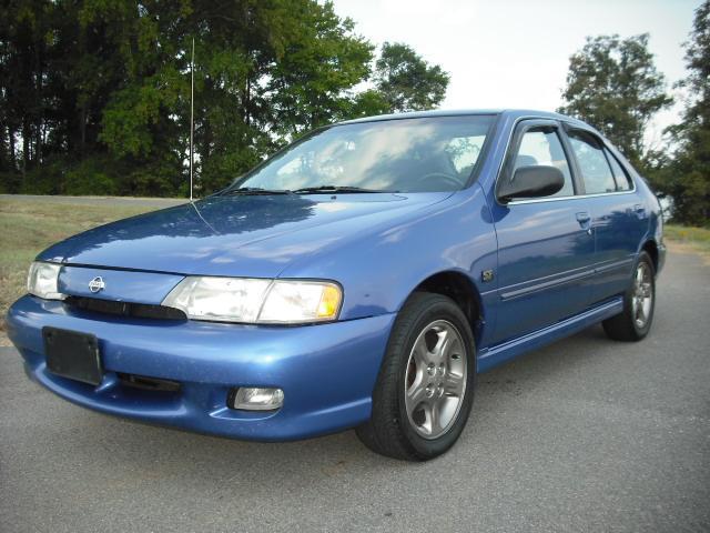 Best Buy Transmission >> Used Nissan Sentra SE/Limited 1999 Details. Buy used ...