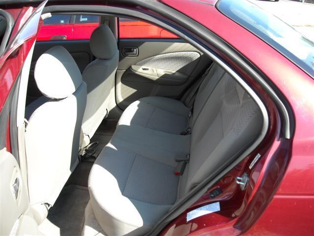 2004 Nissan Sentra E43