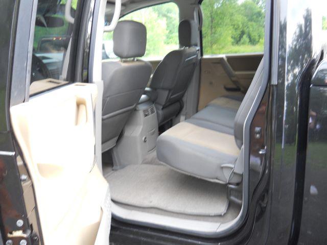 2004 Nissan Titan SLT EXT CAB 4X2