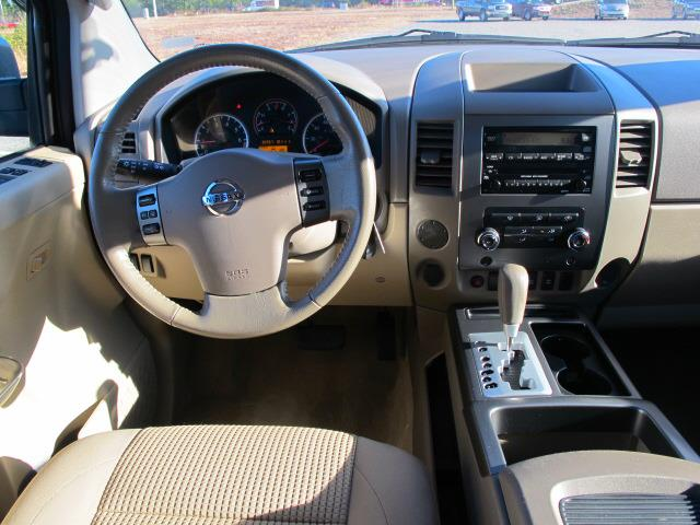 2011 Nissan Titan 4.6L Eddie Bauer