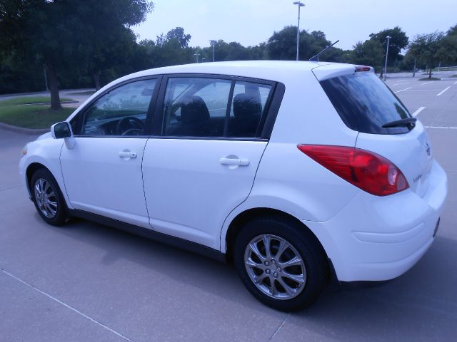 2007 Nissan Versa Limited Access Cab 4WD