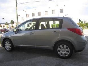 2009 Nissan Versa Limited Access Cab 4WD