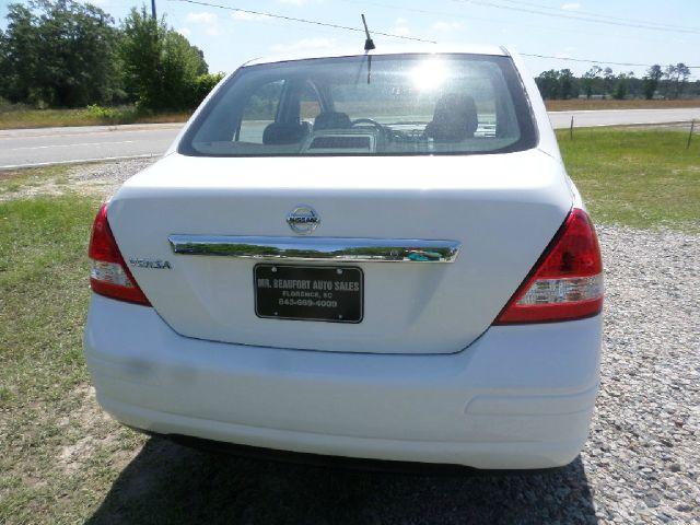 2011 Nissan Versa 4dr 2.9L Twin Turbo AWD W/3rd Row