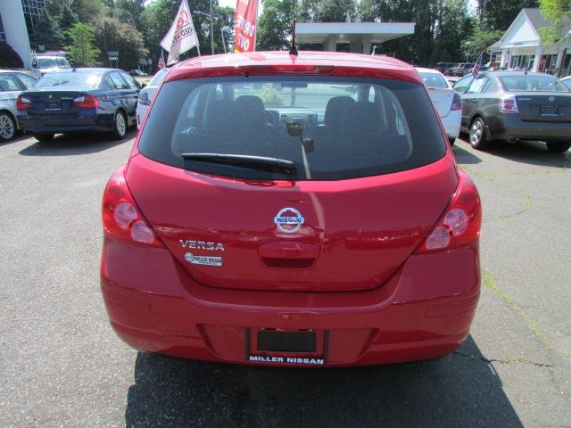 2012 Nissan Versa XR