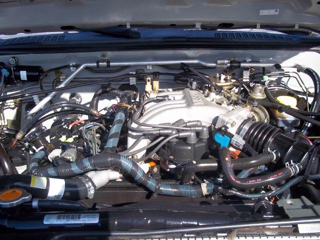 2004 Nissan Xterra LX V-6
