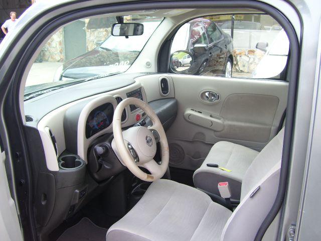 2009 Nissan cube 4dr 1500 SLT SUV