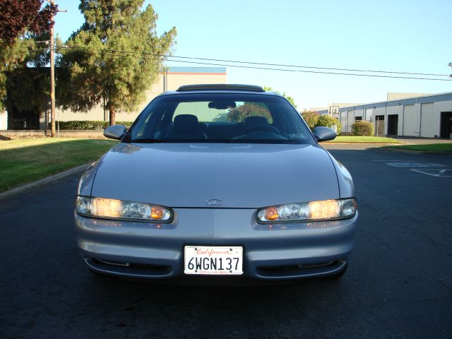 1998 Oldsmobile Intrigue LS Flex Fuel 4x4 This Is One Of Our Best Bargains