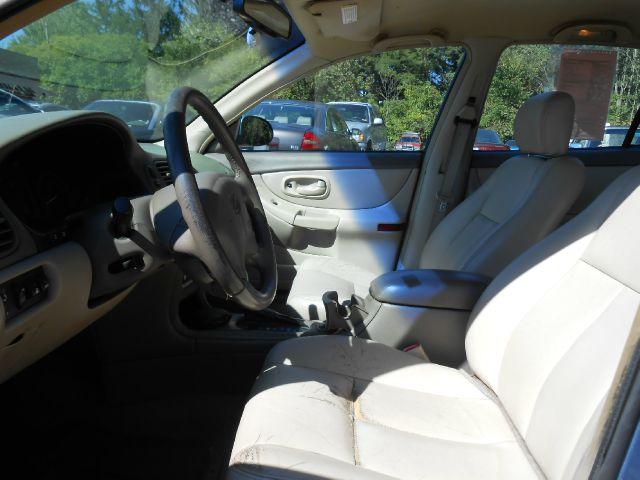 1999 Oldsmobile Intrigue S Sedan