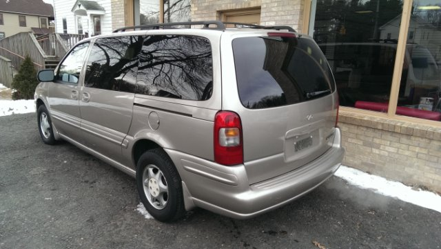 2000 Oldsmobile Silhouette FWD 4dr Sport