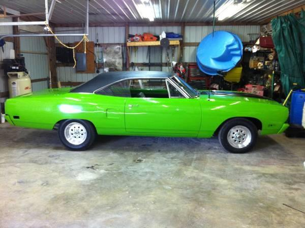 1970 Plymouth ROAD RUNNER Cross Tour EX-L SUV