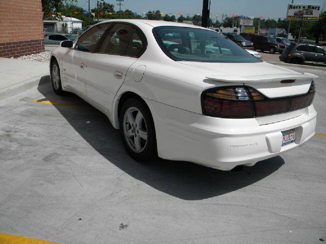 2002 Pontiac Bonneville 45