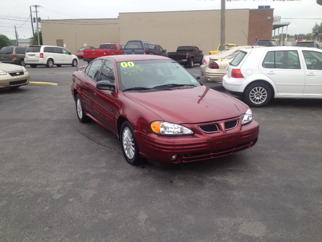 2000 Pontiac Grand Am 4dr Limited 4WD (natl)