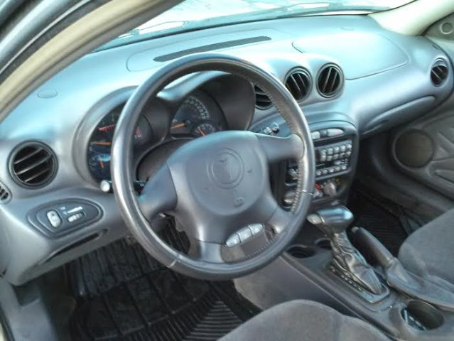 2002 Pontiac Grand Am Sportback LS