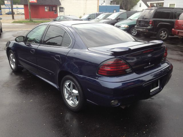 2004 Pontiac Grand Am LS Flex Fuel 4x4 This Is One Of Our Best Bargains