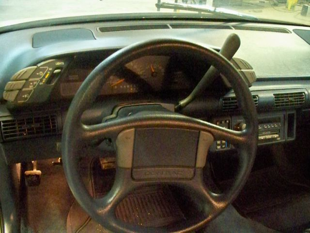 1991 Pontiac Grand Prix 4dr Sdn SL Auto Sedan