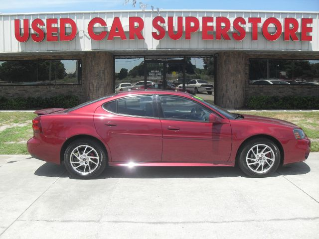2004 Pontiac Grand Prix LS Flex Fuel 4x4 This Is One Of Our Best Bargains