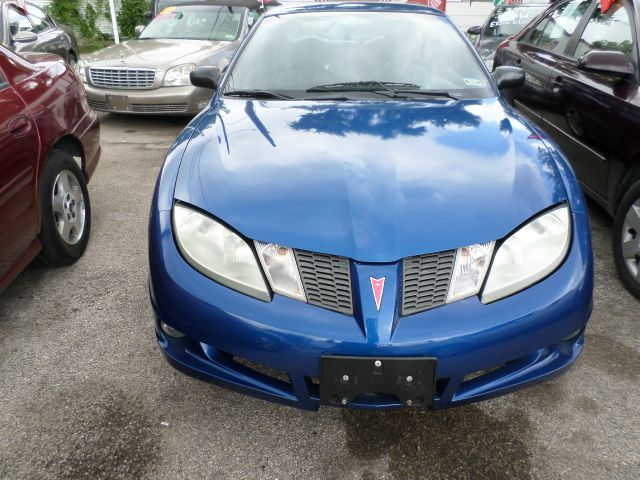 used pontiac sunfire base 2dr coupe 2005 details buy used. Black Bedroom Furniture Sets. Home Design Ideas