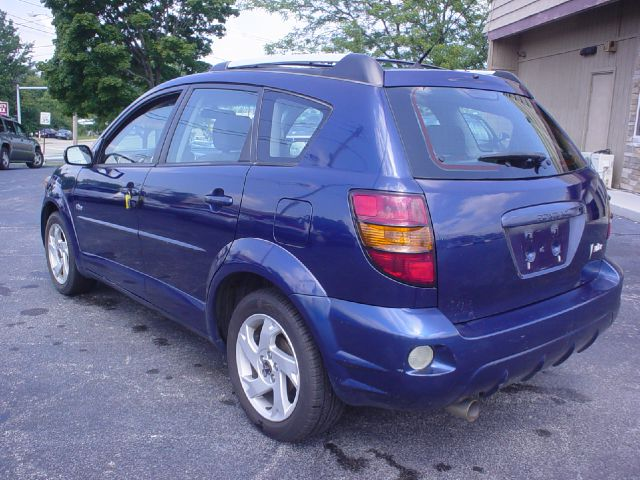 2004 pontiac vibe xls 4wd luxury w navigation details. Black Bedroom Furniture Sets. Home Design Ideas