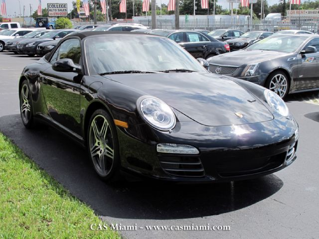 2011 Porsche 911 1999 Ford XL