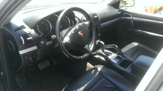 2004 Porsche Cayenne XR