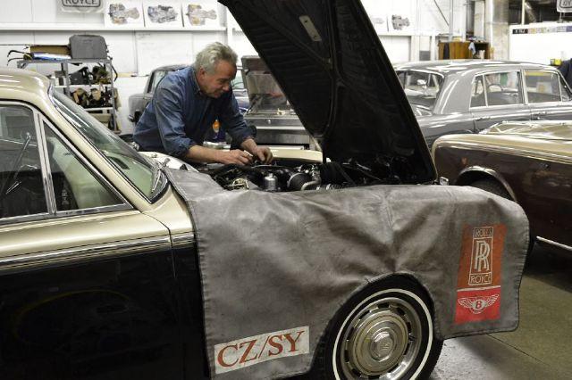 1972 Rolls-Royce Silver Shadow Sport - Premium 3RD SEAT