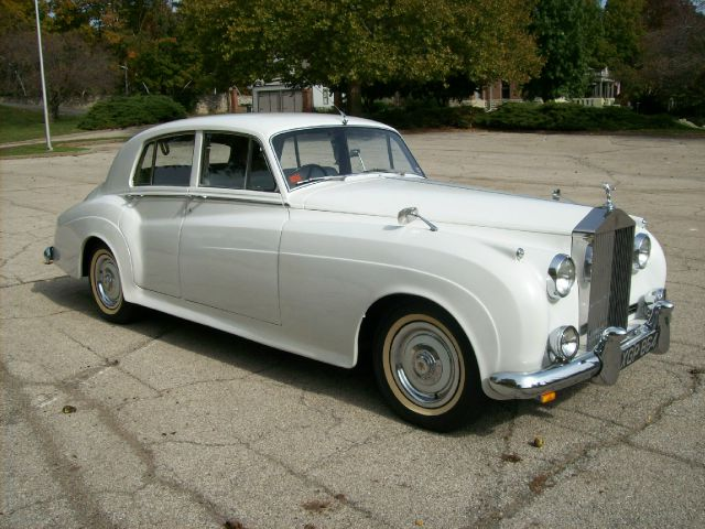 1957 Rolls Royce Silver Cloud 1